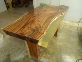 fd6e73beaaf9 Jedálenský stôl s epoxidovou živicou