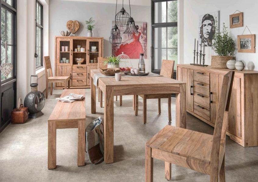Luxusná rustikálna drevená jedáleň z masívu