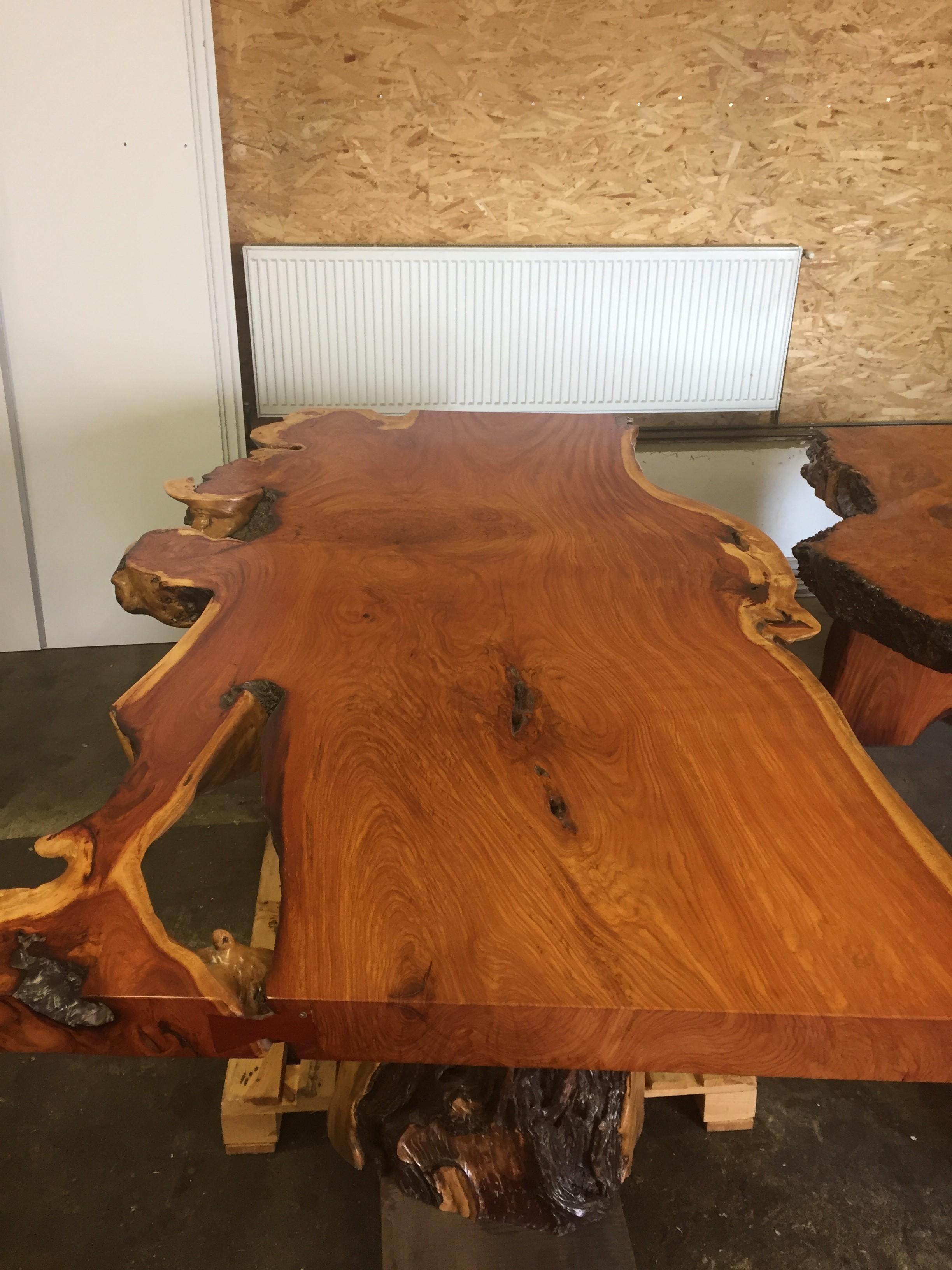 34007bb382d3f Masívny jedálenský stôl z Thajska dreviny Mahagon | Furniture-nabytok.sk