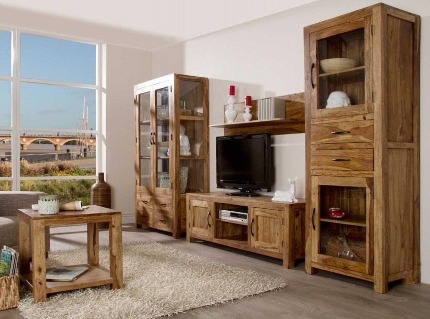 Rustikálny nábytok z masívu do obývacej izby